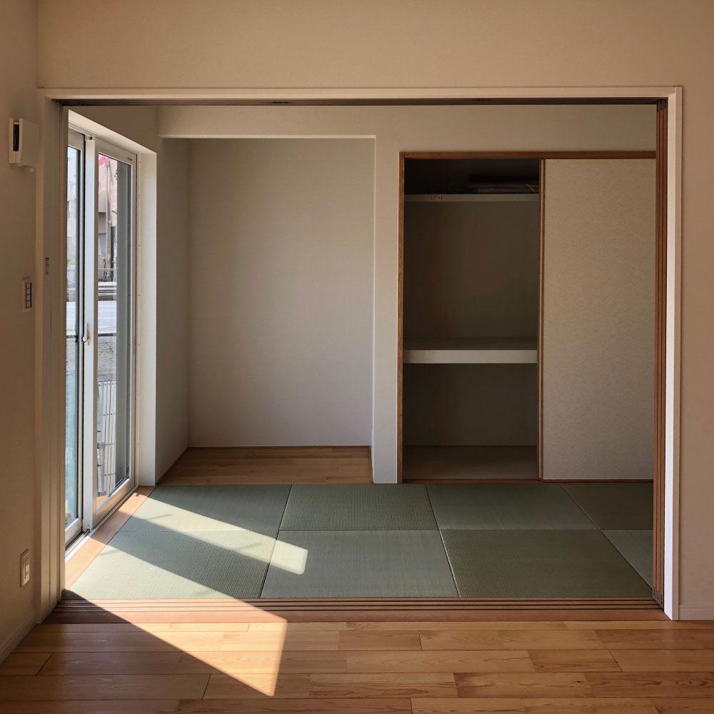 フラットな和室がある空間